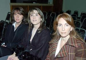 Israel Berlanga, Malusa Menéndez y Cristina de Villarreal.