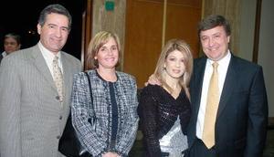 Nicolás y Rosa Yarahuan, Ana Santibáñez y Gerardo Berlanga