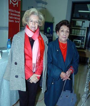 Rosa Gámez y Ana María Robles