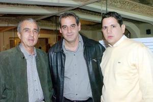-Carlos Santos, Ernesto Castro y Jorge Guajardo.