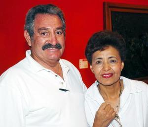 Cuauhtémoc Salinas y Santy González.