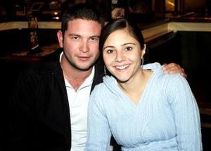 Alejandro Olhagaray y Beatriz Fernández..