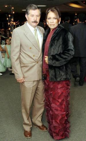 Francisco Manzanera y Lupita Manzanera.