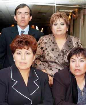 Guadalupe, María del Socorro, Carlos y Mary Tere Fematt.