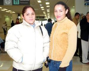 <b>30 de noviembre 2005</b><p> Mary Velázquez y Karina Muñoz llegaron procedentes de Guadalajara.