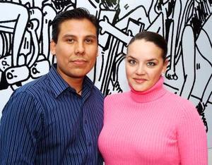 Juan Pablo Estrada y Úrsula Escalona.
