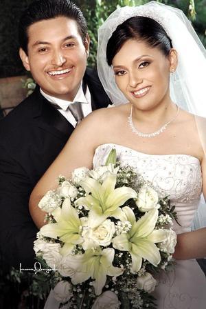Ing. Roberto Carlos Muro Muñiz e Ing. Cristina Ramos Villa contrajeron matrimonio religioso en la iglesia de La Inmaculada Concepción
