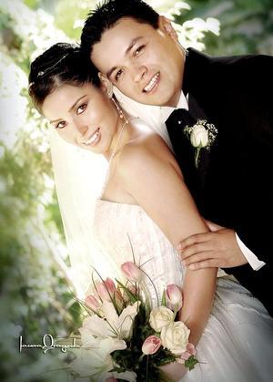 Ing. Luis Antonio Pulido Contreras y L.D.I. Nelly Blackaller Velázquez contrajeron matrimonio religioso en el Santuario de Cristo Rey el ocho de octubre de 2005Y.