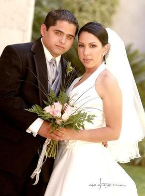 Lic. Jesús Felipe García Acosta y Srita. Ana Sofía Rodríguez Román contrajeron matrimonio en la iglesia de la Inmaculada Concepción, el pasado diez de septiembre..