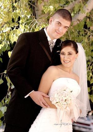 Lic. Pablo Rosas González y Lic. Lucila Navarrete López contrajeron matrimonio el pasado 22 de octubre..