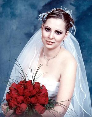 Srita Gloria Menéndez Ramírez, el día de su boda con el Sr. Jesús Armando Tovar Rendón.