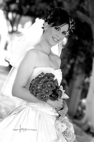 Ing. Ana Isabel Urbina Amador, el día de su enlace matrimonial con el Ing. Juan José Ochoa Ramírez.