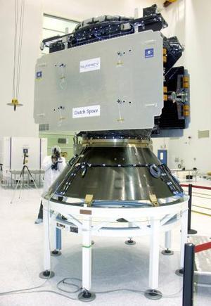 La fase balística, que consistió en poner el satélite en una órbita media de algo más de 23 mil kilómetros de la Tierra culminó en tres horas y media; Giove A desplegó sus paneles solares, lo que marcó el final feliz de la misión.