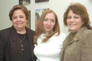 de_10022006  Gabriela Vargas Rosas disfruto una despedida que le organizaron Gabriela Rosas y María Alicia Sánchez