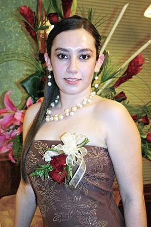 de_11022006  Ariana Muñoz Chávez captada en la despedida que le ofreció un grupo de amigas y familiares.