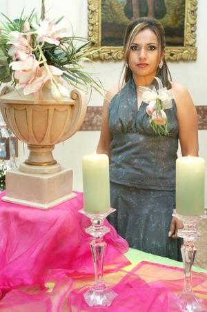 de_18022006  Yasmín Margarita Moreno Robles contraerá matrimonio con Mario Montes Escobedo.
