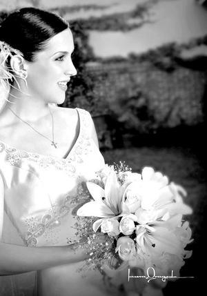 Srita. María Eugenia Córdova Muñiz, el día de su boda con el Ing. Juan Luis Carreón Betancourt. <p><i> Fotografía:  Laura Grageda</i>