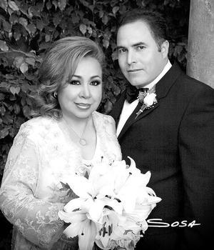 Srita. María Ernestina Rivas Ortiz el día de su enlace matrimonial con el Sr. Ramón Domínguez.  <p><i> Fotografía:  Sosa</i>