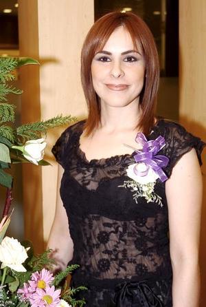de_28022006 Claudia Mendoza Astorga en su fiesta pre nupcial.