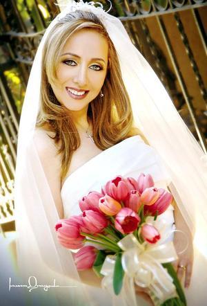 Lic. Gabriela Vargas Rosas unió su vida en matrimonio a la del Arq. Alejandro Aramburu Sánchez.  <p> <i>Fotografía:  Laura Grageda</i>