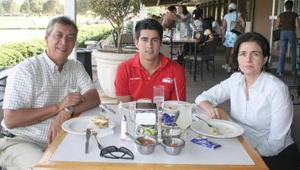 06052006  Alfonso Campa Martínez, Diago Campa García y Maty García de Campa