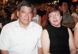 07062006  Manuela Castro y Alfredo Negrete.