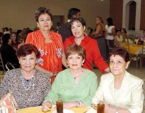 10052006  Coco Cervantes, Lupita Martínez, Sra. de Ramírez, Lolita Estevané y Gloria Rodríguez.