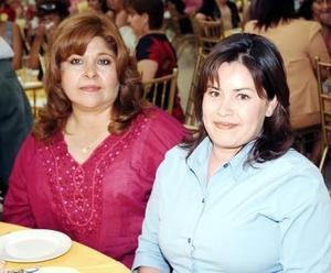 10052006  Esperanza Medrano de Riesco y Lorena de Riesco.