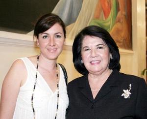 12052006  Silvia Romo y Gisela Cruz de Tueme.
