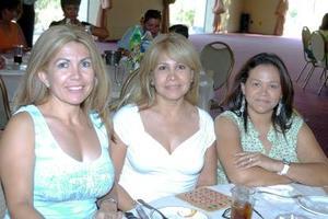 14052006  Ángeles del Río, Irma Medina y Ana Magaña.