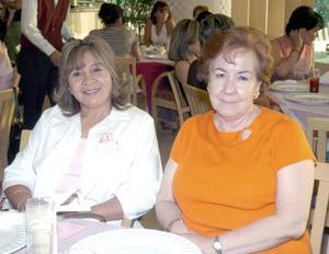 14052006  Constanza de Sustaita y Sara Olivares de Gallardo.