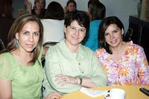 14052006 Juani Alonso, Marcela Díaz Flores y Yuli Lozano.