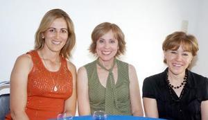 14052006  Lupita Le Hena, Patricia Sánchez y Mayoya Saldaña.