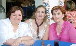 14052006  Nena de Fernández, Lizy de Papadópulos y Pily de González.