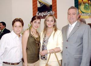 14052006 Pedro Luis Martín Bringas, Cecilia Gurza de Martín, Daniel y Ana Cecy Martín.