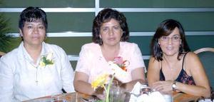 15052006 Julieta Pérez, Verónica Alferes y Olga Vázquez.