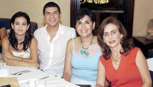 20052006  Marcla Iduñate, Soledad Anaya de Martínez, Katia de Zarzar, acompañadas  de su profesor de baile