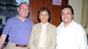 21052006  Michael Emmerson, Ramón Shade y Claudia Máynez