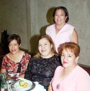 21052006  Rosa de Pablos Gómez, Perla Patricia de Pablos, Gloria Alicia de Pablos y Laura Ramírez de Castellanos