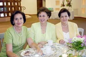 21052006  Cristina Fernández, Minerva Villarreal y Mary Cruz Lechuga.