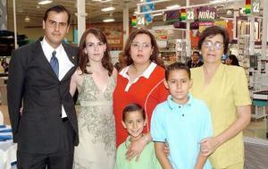 21052006  Jorge Calero, Coco Gómez, Ana Calero, Daniel Aguilera, Sebastián Aguilera y Nilda García.