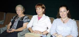 21052006  Leonor Lobo de González, Magdalena Rueda y Myrna Mafud.