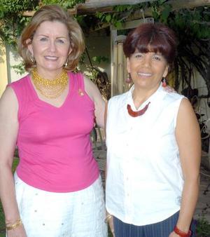 21052006  Leticia de Faya y Chepis de Pérez.