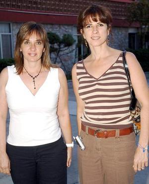 21052006  Magdalena Ruenes y Susana Fernández.