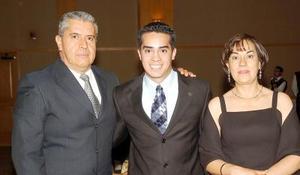 21052006  Manuel Sandoval, Carlos Sandoval y Magdalena Aguirre.