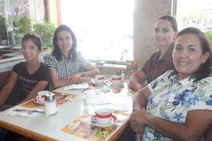 21052006 Sally Katsicas, Salomé de Katsicas, Beatriz Aranda de Lavín y Nora Elya de Metlich.