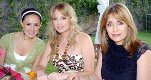 21052006  Paulina Garza, Aída Sambucci y Aída Villarreal