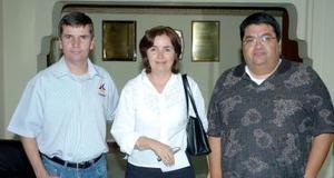 22052006  Héctor Aguilera, Laura de Ríos y Sergio Ríos.