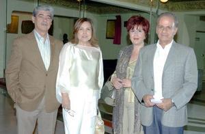 22052006  Jesús Villarreal, Margarita de Villarreal, Perla de Batarse y Jacobo Batarse.