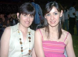 23052006  Laura de Abraham y Alejandra de Mourey.